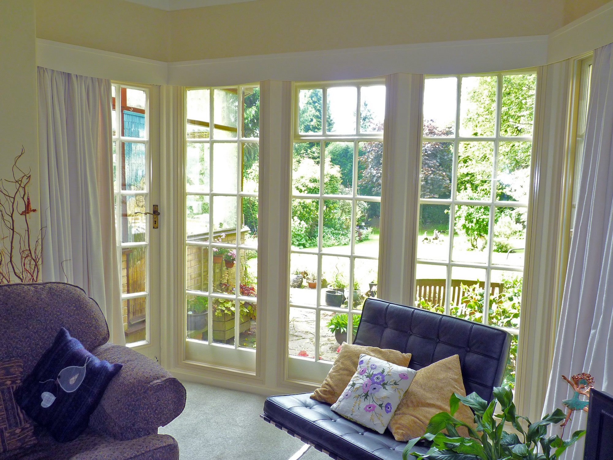 How to clean house windows - Clean And Clear Windows